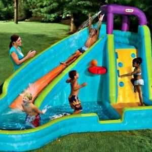How to Entertain Your Children? Set Up An Inflatable Pool In Your Backyard!